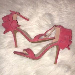 Shoe Republic LA Sz 9 pink ruffle Katia pump NWT